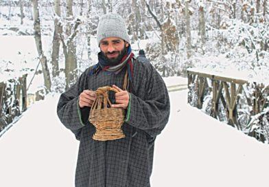 Kashmiri Kangri and its Cultural Importance