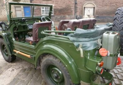 Why Bhopalis loves to roam in Vintage jeeps