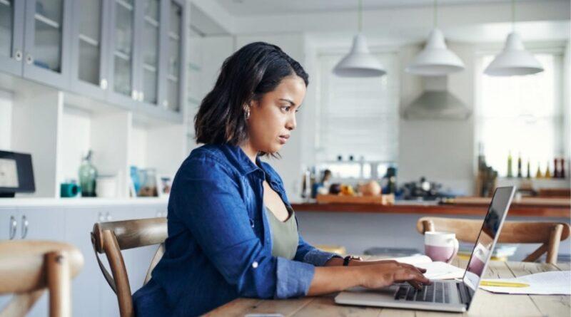 Tips for finding legitimate transcription jobs by avoiding scams